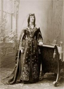 Marjory Wardrop in the costume of a Tbilisian lady   -    Photo Alexander Roinashvili